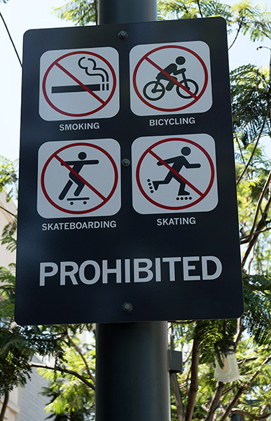 No biking on the Promenade